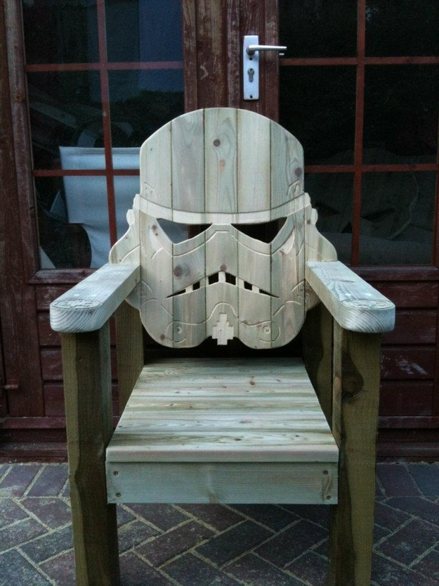 Superieur ... Hum Drum Deck Chair, And Injected It With A Heavy Dose Of Star Wars  Geekery...enough Geekery In Fact To Make These A Summer Time Must Have.